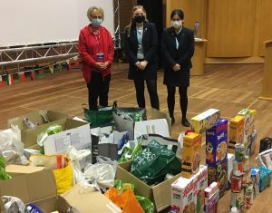 Read more about the article School and church Harvest donations arrive at the Food Hub